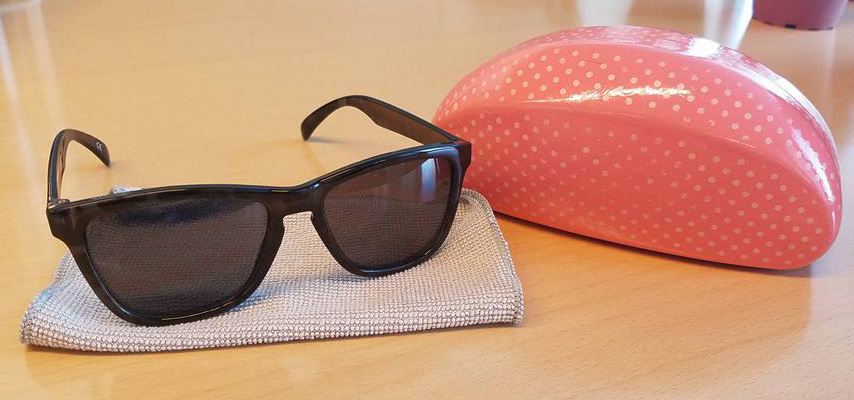 purse_sunglasses