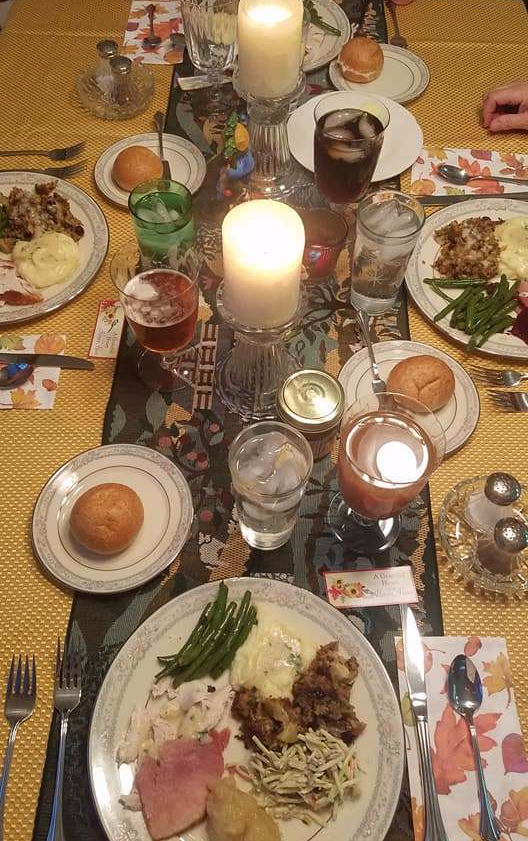 Thanksgiving, thanksgiving food, thanksgiving tablescape, tablescape
